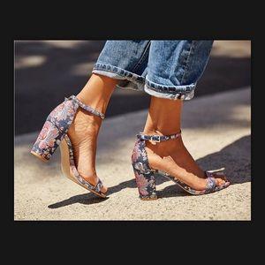 Jessica Simpson monrae sandals!!NEW!!